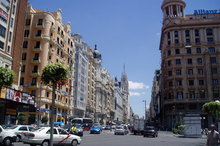 Gran Vía, Madrid by A Rajo